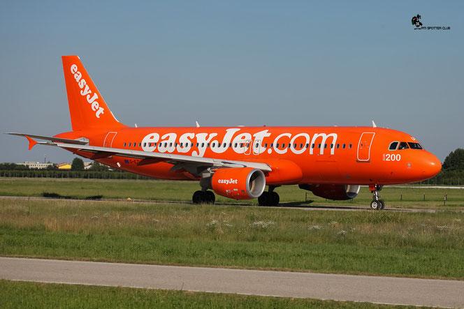 G-EZUI A320-214 4721 EasyJet Airline @ Aeroporto di Verona - 13/08/2016 © Piti Spotter Club Verona