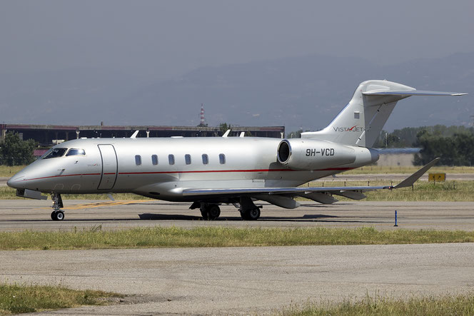 9H-VCD CL-350 20538 VistaJet Malta @ Aeroporto di Verona - 18/07/2016 © Piti Spotter Club Verona