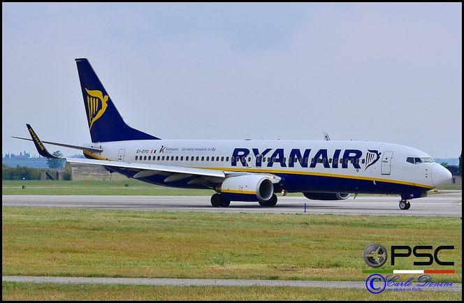EI-DYO B737-8AS 33636/2728 Ryanair @ Aeroporto di Verona - 2016 © Piti Spotter Club Verona