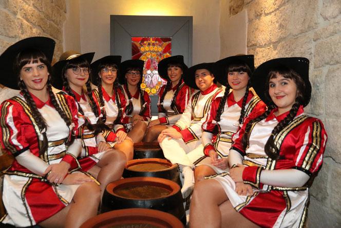 Unsere Damengarde 2019/2020 bei der Sessionseröffnung im Brauherrenkeller.