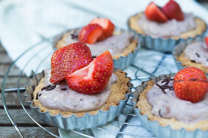 Schokoladen-Erdbeer-Tartlettes
