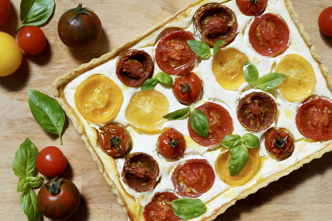 Tomaten-Tarte mit Ziegenfrischkäse