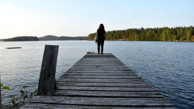 nervenkeks See Schweden Bullerbü Steg Wald