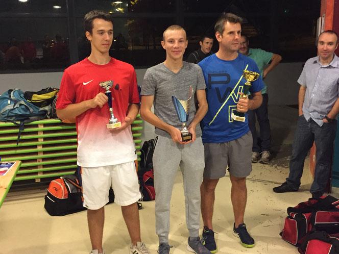 De gauche à droite : Alex W, Gabriel D et Nicolas C.