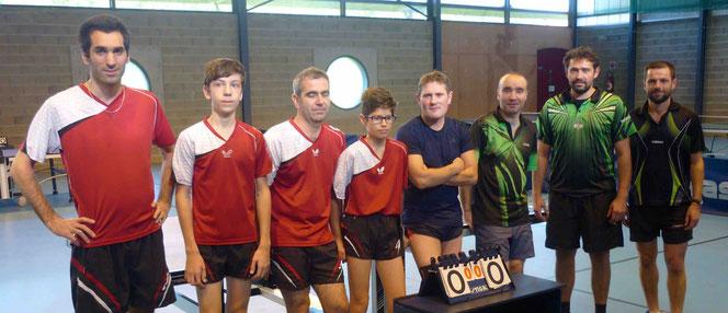 Anthony, Benjamin, Laurent et Noa contre Sylvain, Vincent, Yannick et Emmanuel