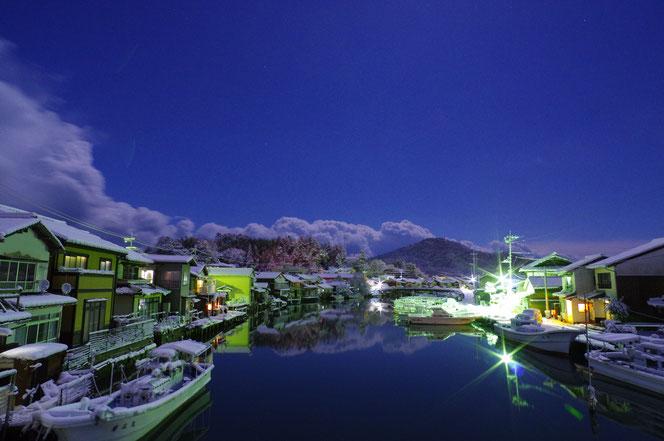 隠岐の島 雪の夜の八尾川