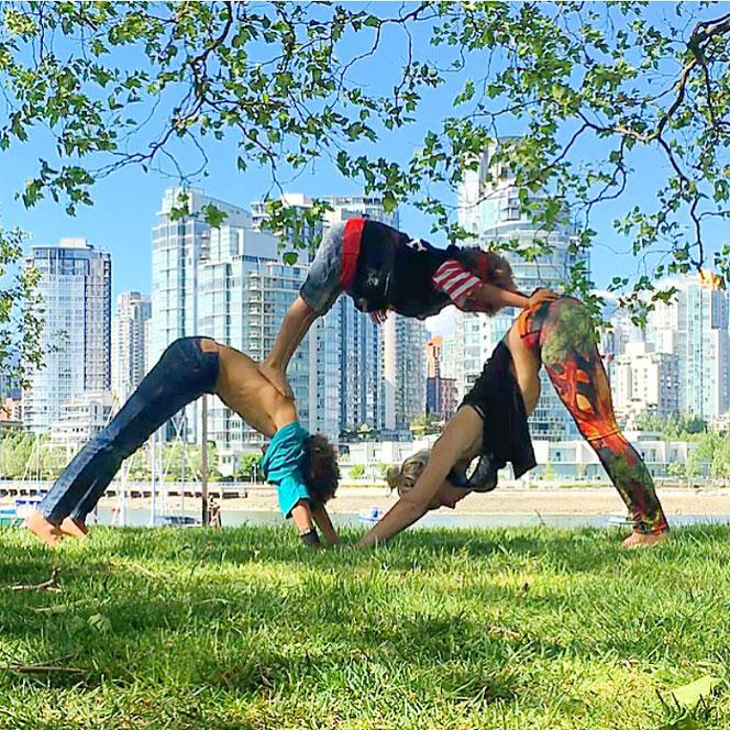 Yoga-Mama Josephine Jacob Yoga mit Kindern MOMazing Yoga Mama Mami Blog Yogamama Instamama Fragebogen