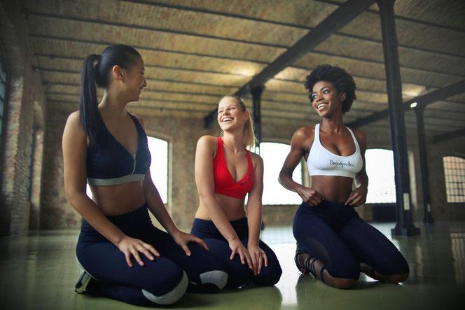 Йога при менструации