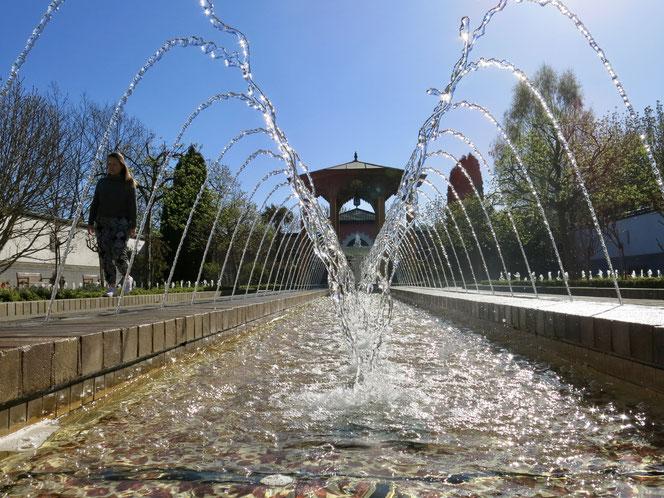 Es sind weniger Touristinnen und Touristen gekommen, dafür haben mehr Berlinerinnen und Berliner im vergangenen Jahr den Orientalischen Garten und die anderen Anlagen für sich entdeckt.