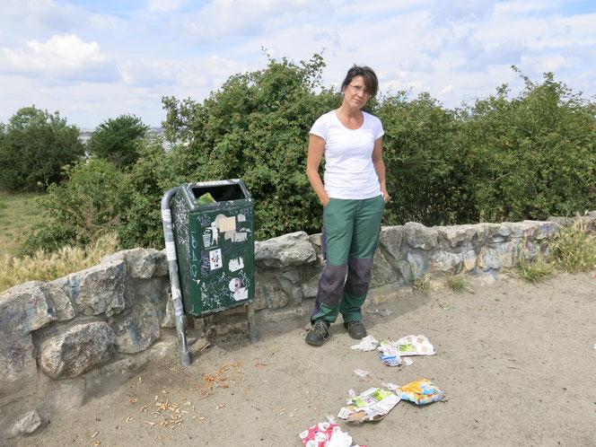 Madeleine Groth (58) arbeitet  seit 1993 beim Grünflächenamt.