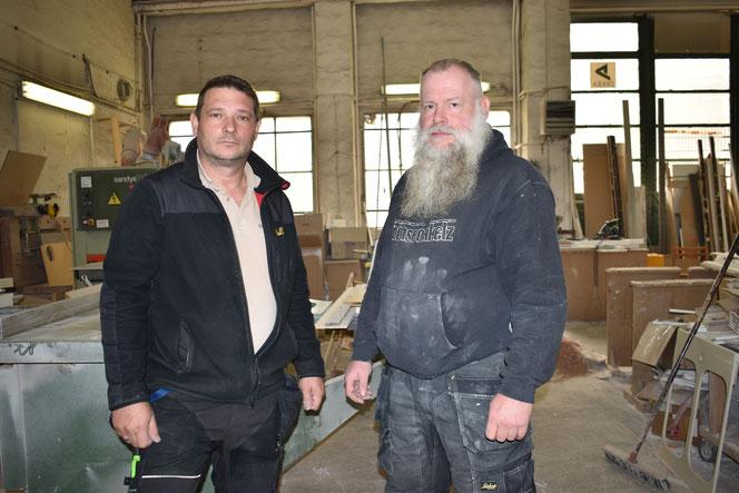 Das Gut Hellersdorf müssen Stefan Rätz und Nils Raetzel räumen. Einen neuen Standort für ihre Tischlerwerkstatt haben sie noch nicht.