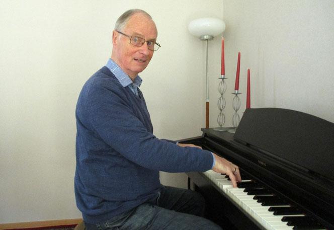 Wolfgang Reuter liebt Marzahn und lebt heute in Biesdorf. Er veröffentlichte bisher sechs Bücher, weitere sind in Arbeit.