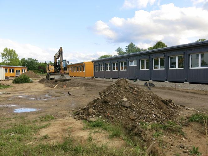 Die Grundschule am Schleipfuhl bekommt zwölf mobile Klassenzimmer, eine Mensa, Sanitär- und  Funktionsräume.