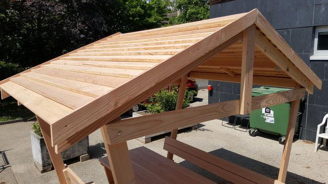 Table Detente avec tonnelle - table de jardin pas cher