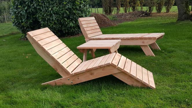 Salon de jardin 430€ l'ensemble:  lit + chaise longue + petite table