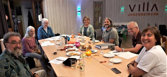 Momentan sind nur Online-Treffen möglich: (vlnr): Michael Straub, Irmgard Frank, Dorothea Schaupp, Antje Böttcher, Luca Ghiretti, Willi Traichel, Iris Feldmann. Es fehlen: Jörg Mauch und Ernst Herold.