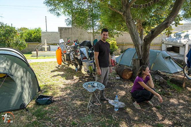 Argentinien - Südamerika - Reise - Motorrad - Honda Transalp - Camping bei Pollo im La Posta del Viajero en Moto in Azul