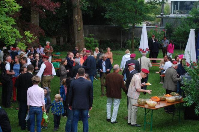 Sommerfest im Garten unseres Verbindungshauses