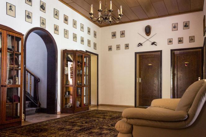 Das Foyer im 1. Obergeschoss - hier geht´s zu den Zimmern