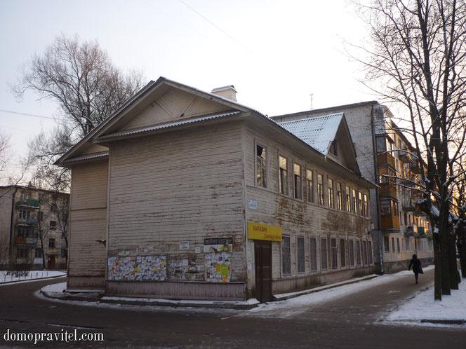 Гатчина, Киргетова 11
