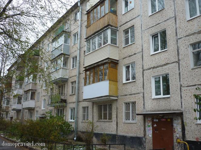 Дом по улице Радищева 12 в Гатчине