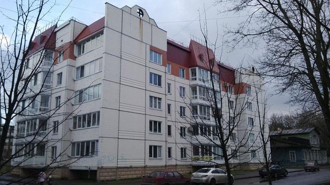 На фото: Гатчина, ул. Киргетова д. 5