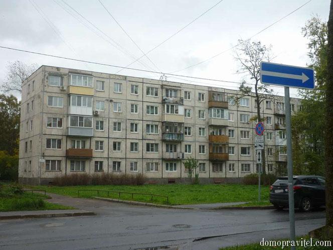 Гатчина, Урицкого 35