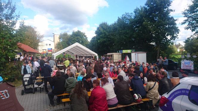 Beim ersten öffentlichen Bierausschank am 16.09.2017 herrschte reges Interesse