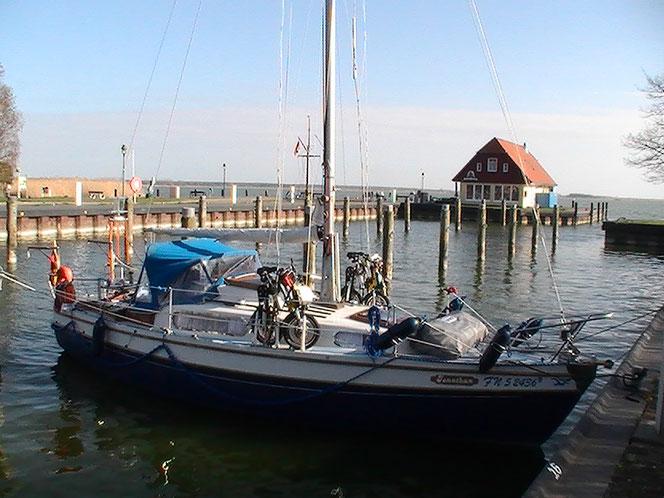 Segelboot in Born a. Darß