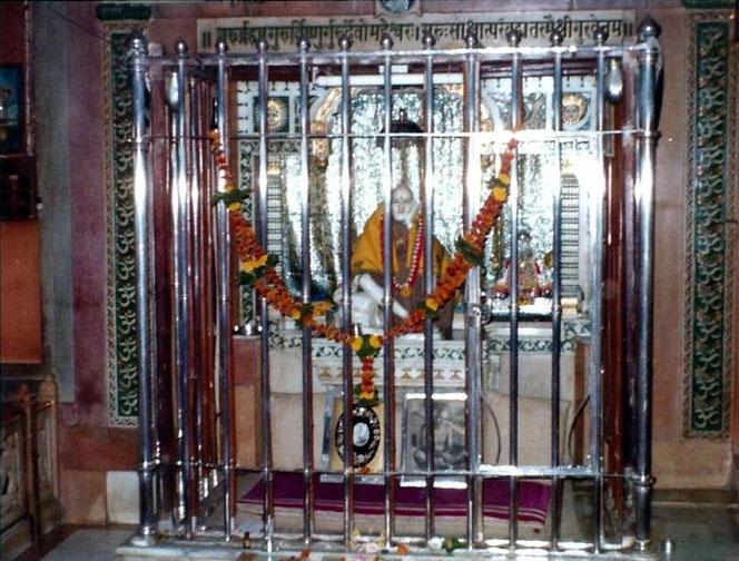 Sadguru Upasni Maharaj's Cage Room in Sakori locked in for 3 years on 30 Nov 1922 - Courtesy of B. Connor.jpg