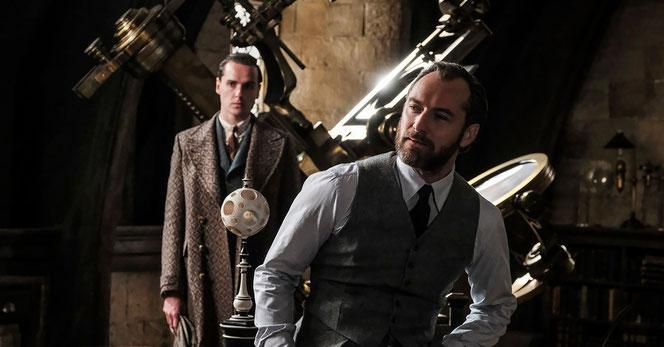 Albus Dumbledore (Jude Law) dans la salle de cours de Métamorphose (USA Today)