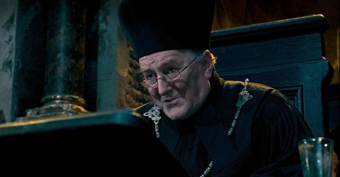 """Robert Hardy interprétant Cornélius Fudge dans """"Harry Potter et l'Ordre du Phénix"""" (2007)"""