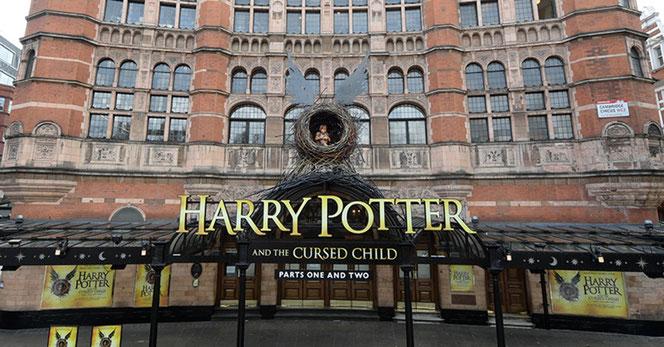 """Le Palace Theatre où se déroulent les représentations de """"The Cursed Child"""""""