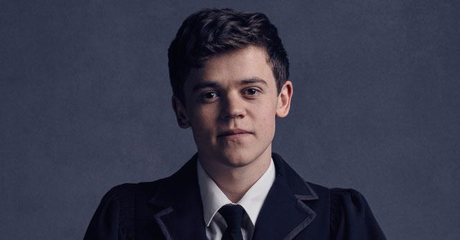 """Sam Clemmett interprète Albus Potter, le fils d'Harry, dans la pièce """"Harry Potter et l'Enfant Maudit"""""""