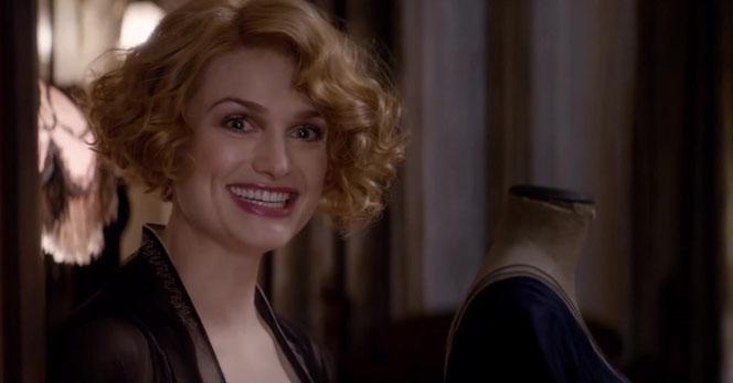 """Queenie Goldstein (Alison Sudol) dans """"Les Animaux Fantastiques"""" (2016)"""