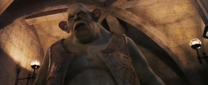 Le troll est au milieu des toilettes des filles. (Harry Potter à l'école des sorciers - 2001)