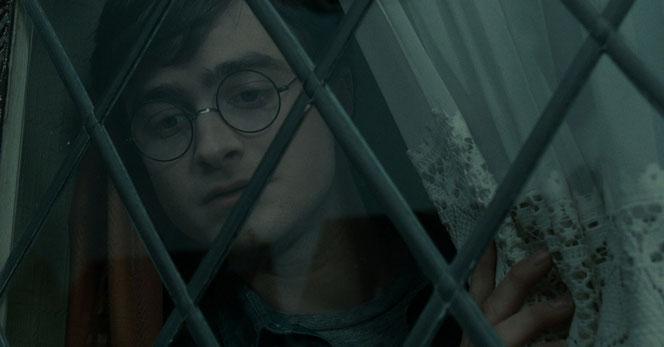 """Harry Potter (Daniel Radcliffe) dans """"Harry Potter et les Reliques de la Mort - Partie 1"""" (2010)"""