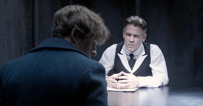 Percival Graves (Colin Farrell) interroge Norbert Dragonneau (Eddie Redmayne) dans ce clip