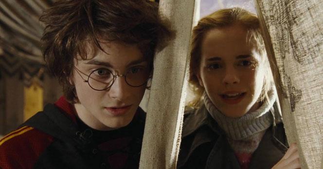 """Harry Potter (Daniel Radcliffe) et Hermione Granger (Emma Watson) dans """"Harry Potter et la coupe de feu"""""""