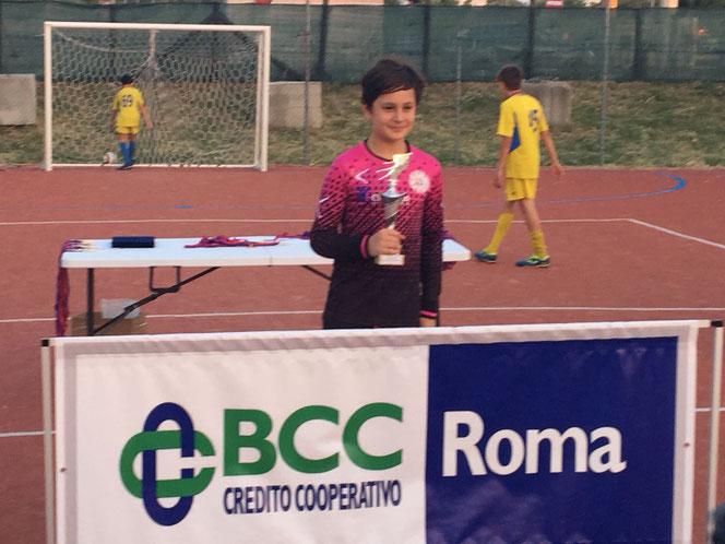 Notizia nella notizia ... il nostro Niccolò premiato come miglior portiere del torneo.