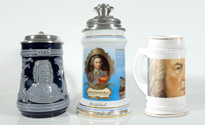 1 historic Bach beer stein from the year 2000 is on the left side, one historic Bach bee stein from the year 1985 is on the right side.