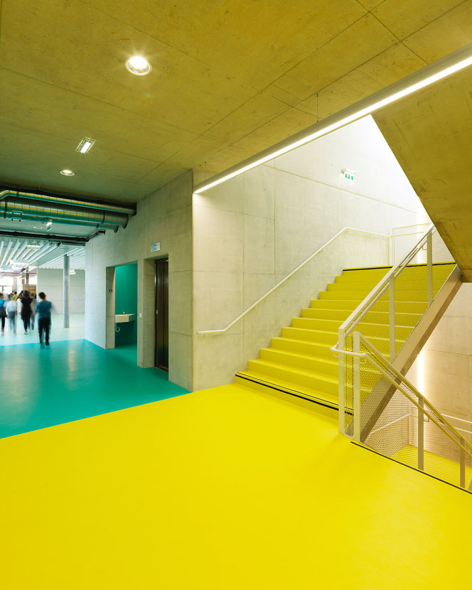 Ebene +1, Fluchtstiege und WC-Anlagen. Foto: © Paul Ott
