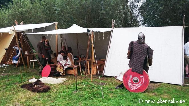 Wikingerzelte im Freilichtmuseum Mühlenhof, zu Gast am letzten Augustwochenende