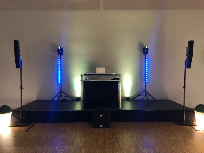 Event Aufbau der Musik- und Lichtanlage im BZV Medianhaus in Braunschweig