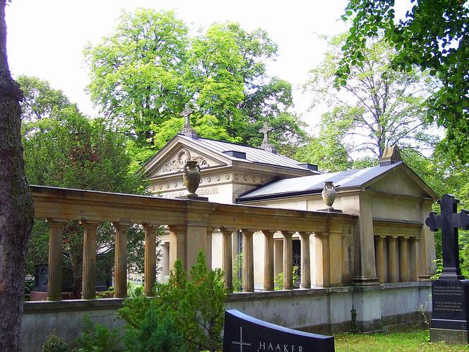 Grabstätte Hansemann - Alter-Matthäus-Kirchhof - Berlin Schöneberg