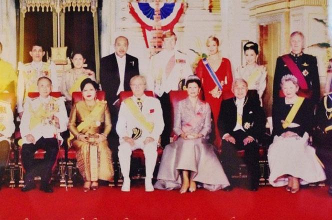 天皇皇后両陛下とタイ王国プミポン国王陛下ご夫妻の集合お写真