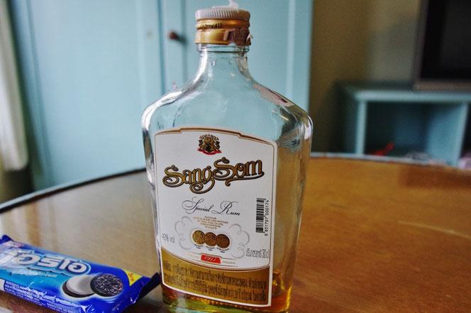 タイの蒸留酒・ラム酒「sangsom」