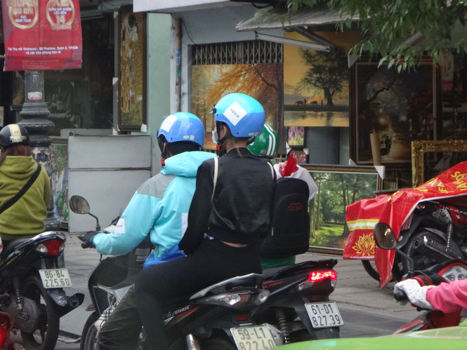 Uber motor bike Source: onegai kaeru