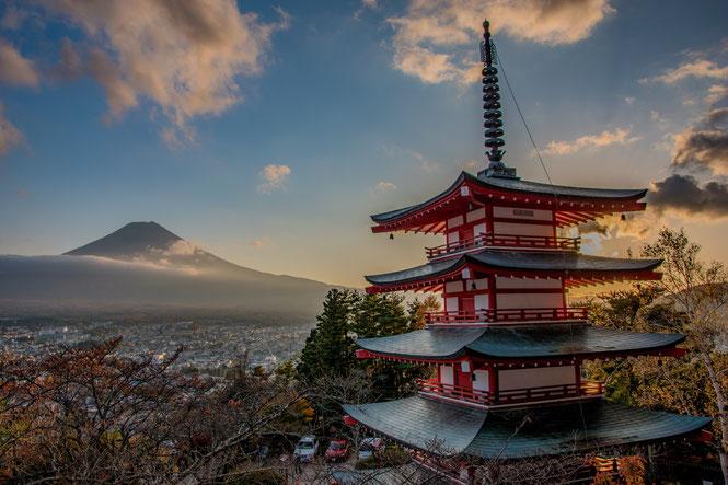 Monte Fuji visto dalla Pagoda Chureito