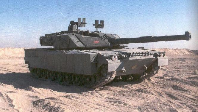 Pour l'occasion, le C1 Ariete se pare de blindage additionnel et d'une deuxième MG42/59 sur la tourelle